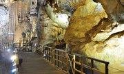 Đến Quảng Bình thăm hang khô dài nhất châu Á