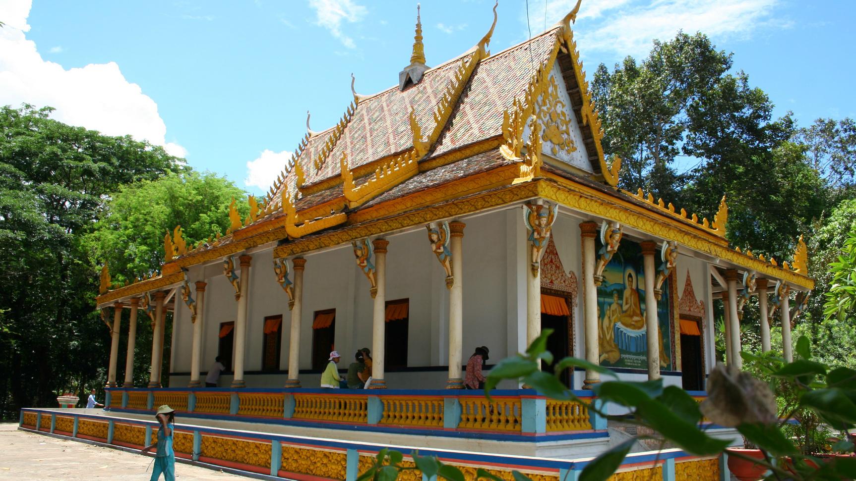 Những bí ẩn chưa có lời giải ở chùa Dơi - VnExpress Du lịch