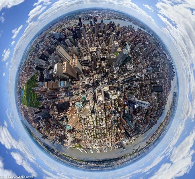 Các thành phố nổi tiếng trong hình dáng một hành tinh