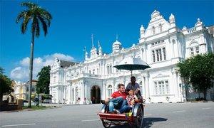 Các hãng lữ hành giảm mạnh giá tour trăng mật Malaysia