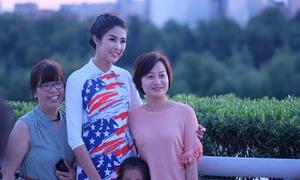 Bí quyết đi 'chợ trời' của Hoa hậu Ngọc Hân
