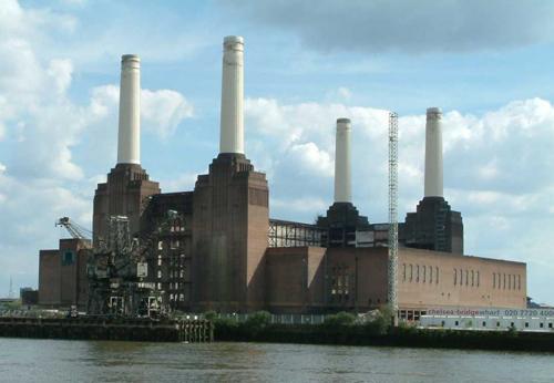 Nhà máy Battersea, London năm 1954, tiêu thụ hơn một triệu tấn than mỗi năm. Ảnh: Getty Images