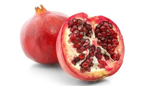 Lưu  Trái lựu tượng trưng cho vận may tại Thổ Nhĩ Kỷ. Màu đỏ của chúng tượng trưng cho trái tim, thể hiện sự sinh sôi nảy nở. Hạt lưu tượng trưng cho sự thịnh vương, đầy đủ cho một năm mới.