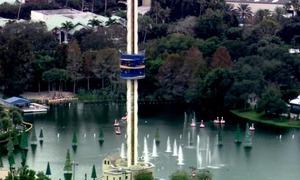 50 khách bị mắc kẹt hàng giờ trên Sky Tower