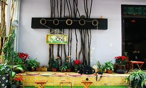 Quán trà nhỏ giữa lòng Sài Gòn