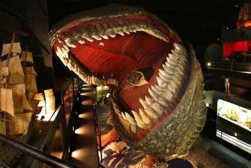 Mặc dù truyền thuyết không nói đến việc Wright có chấp nhận ngôi nhà hay không nhưng Jordan đã để lại cho nhân loại một tài sản vô cùng giá trị. Ngôi nhà được chia thành nhiều phòng trưng bày hiện vật theo chủ đề, trong đó ấn tượng nhất phải kể đến đầu cá voi cao 61m. Ảnh: Roadtrippers.