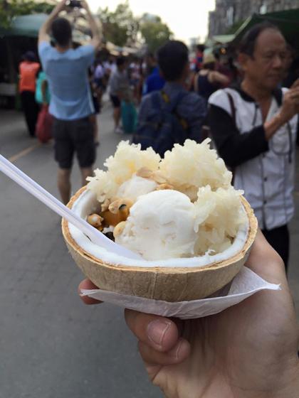 6-mon-an-vat-nen-thu-trong-cho-o-bangkok-4