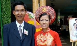 Du khách phải lòng Việt Nam sau khi dự lễ cưới truyền thống