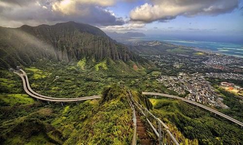 haiku-nac-thang-len-thien-duong-o-hawaii