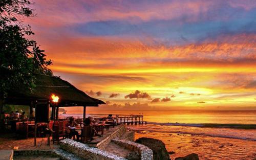 4-resort-o-bali-duoc-sao-hoa-ngu-chon-to-chuc-dam-cuoi-6
