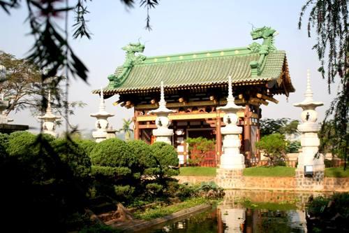 Một góc kiến trúc độc đáo của chùa Minh Thành. Ảnh: Minh Đức