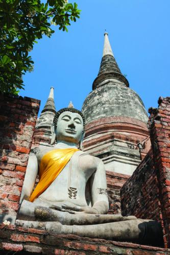 tram-tu-thanh-co-ayutthaya