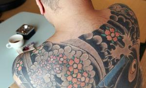 Nhật xem xét cho người có hình xăm được tắm suối nước nóng