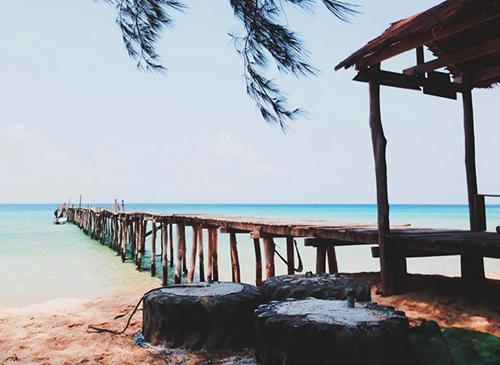 Khung cảnh thơ mộng tại bãi Sunset Beach trên đảo Koh Rong Samloen. Ảnh: Hà Xù