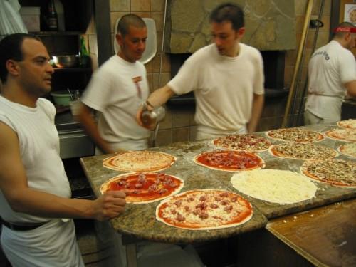 6-quan-pizza-ngon-nhat-o-rome