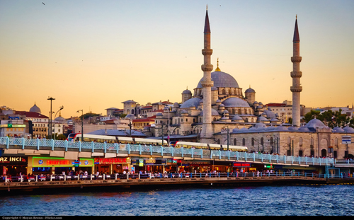 istanbul-thanh-pho-loan-lac-nhung-day-suc-hut