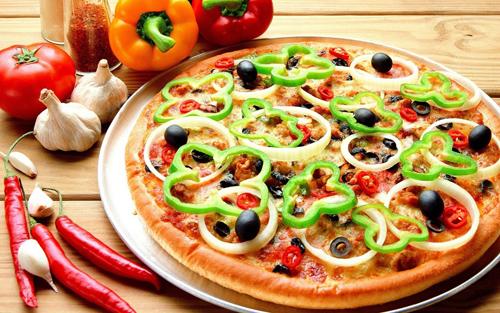 chiec-pizza-mang-ten-cua-nu-hoang-5