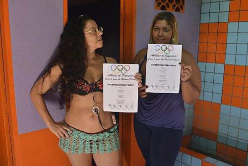 gai-ban-hoa-brazil-dong-loat-dai-ha-gia-mua-olympic-2016-1