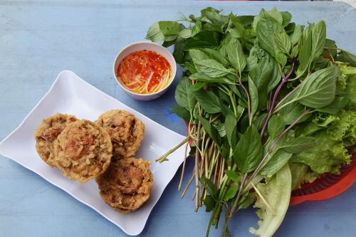 banh-cong-via-he-hut-khach-o-sai-gon-1