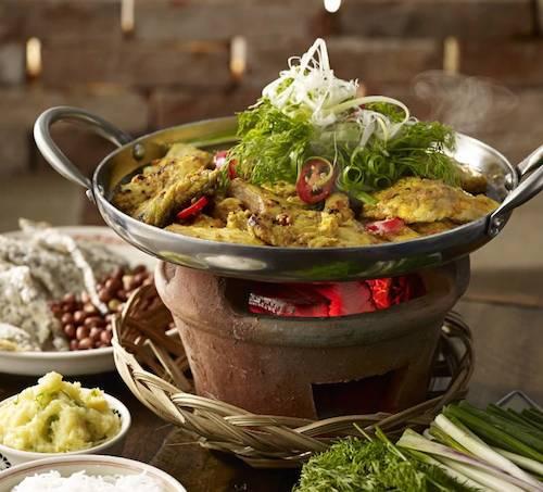 Nhà hàng phục vụ những món ăn thuần Việt. Ảnh: Craig Takeuchi.