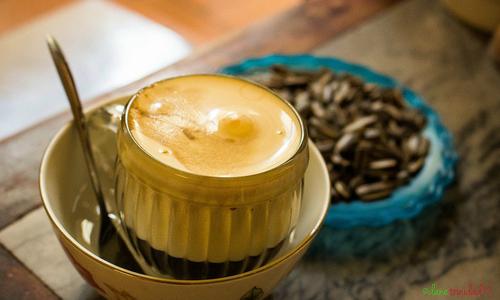 Khách Tây mách nhau chỗ uống cà phê ngon ở Hà Nội
