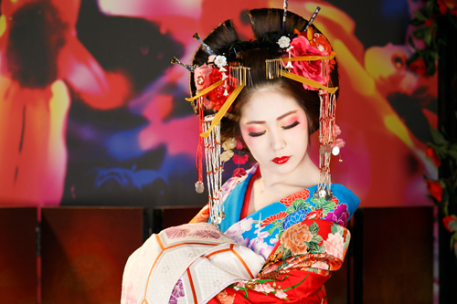 oiran-phien-ban-loi-cua-nhung-nang-geisha-nhat