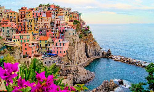 Sự thật sau vẻ long lanh của ngôi làng nổi tiếng nhất Italy