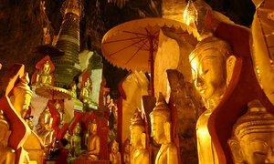 9.000 tượng Phật dát vàng trong hang động ở Myanmar