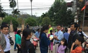 Du khách được 'cả làng Đường Lâm' tìm giúp đồ thất lạc