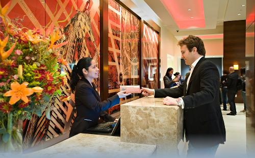 Theo phương án đề xuất, 2 năm đầu tiên sẽ trích từ mỗi khách quốc tế đến Việt Nam khoảng 10.000-20.000 đồng/khách/đêm, lưu trú từ khách sạn từ 3 sao trở lên.