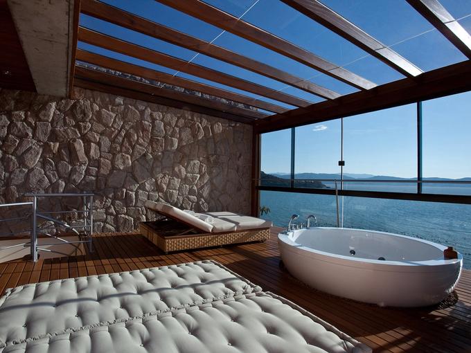 7 phòng tắm khách sạn tốt nhất thế giới