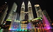 Vẻ đẹp khác biệt của Kuala Lumpur giữa ngày và đêm