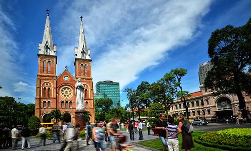 7 lý do nên đi du lịch Sài Gòn trước Hà Nội