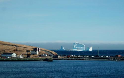 tang-bang-troi-dung-ben-thi-tran-ferryland-1