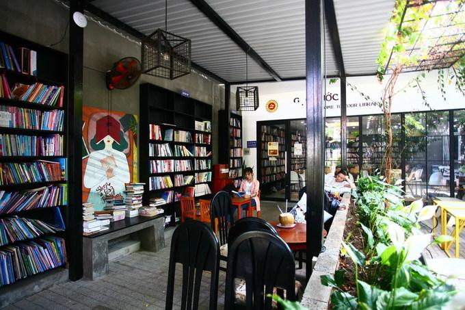 Quán cà phê sách ngập tràn nắng gió ở Vũng Tàu