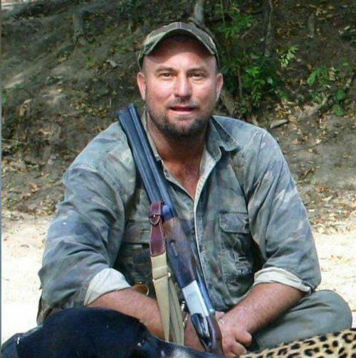 Botha là một huyền thoại về săn thú rừng.