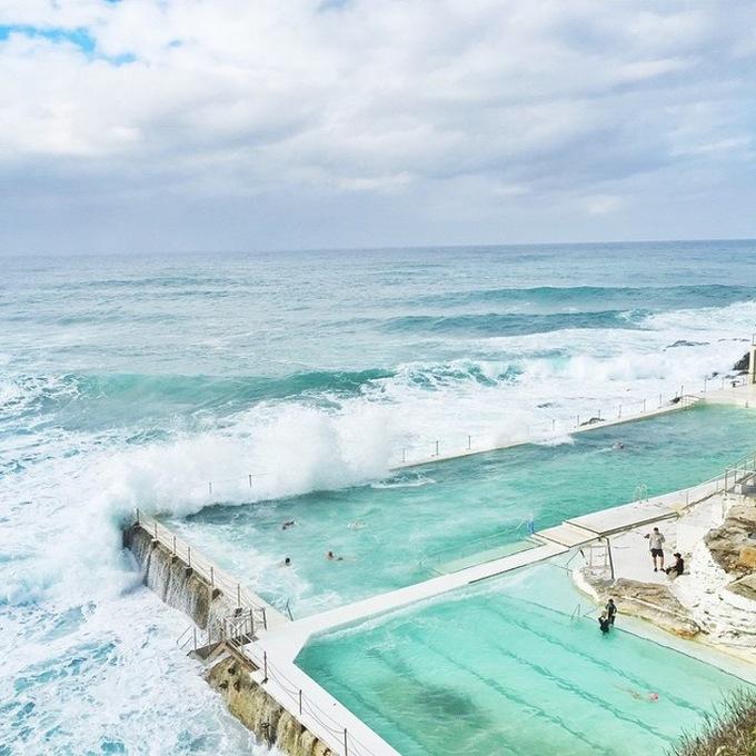 Bể bơi giữa biển khơi - nơi hút khách bậc nhất ở Sydney
