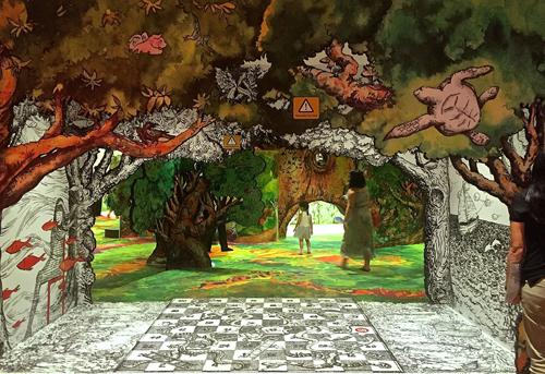 Nằm bên trong phòng trưng bày Quốc gia (National Gallery Singapore), Trung tâm Giáo dục Nghệ thuật Keppel (Keppel Centre for Art Education) là không gian mang đầy tính nghệ thuật. Trung tâm bao gồm 3 khu vực luôn mở cửa để trẻ được khám phá và giải trí là Art Playscape - khu rừng thần tiên trong những trang cổ tích; Project Gallery - tác phẩm điêu khắc trong thế giới sắc màu; và Childrens Museum - xưởng làm gốm kỹ thuật số.