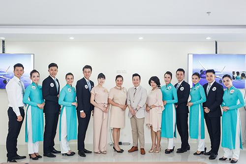 vietnam-airlines-to-chuc-hoi-thi-tiep-vien-hang-khong-thanh-lich-1