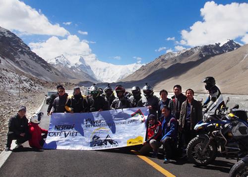 40 tay lái Việt đã chinh phục thành công Everest Base Camp.