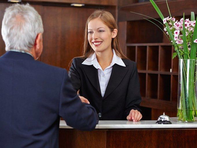 9 điều nhân viên khách sạn 5 sao khuyên du khách