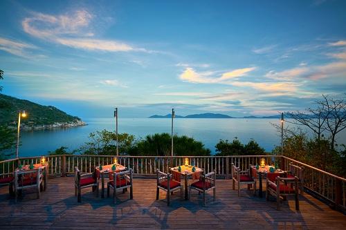 six-senses-hotels-resorts-spas-nhan-giai-thuong-hieu-khach-san-hang-dau-the-gioi-2017-1