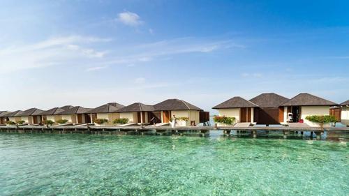 co-gai-sai-gon-che-maldives-khien-cong-dong-day-song-2