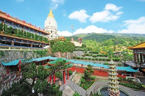 4-diem-den-thu-vi-cho-mua-he-tai-malaysia-1