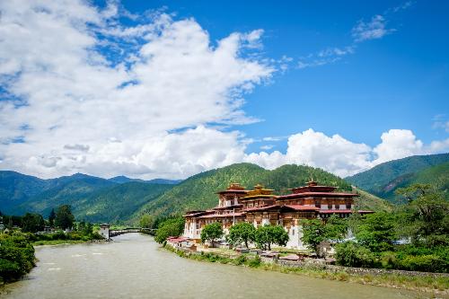 bhutan-coi-hanh-phuc-cua-ha-gioi-2