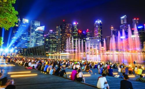goi-y-ba-diem-vui-choi-ve-dem-tai-singapore-1