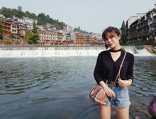 hot-girl-tu-linh-chia-se-kinh-nghiem-di-tour-phuong-hoang-co-tran-3