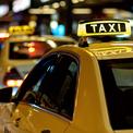 Khách Tây đánh giá taxi tại Việt Nam