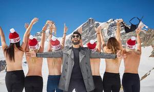 Chụp ảnh bán nude trên núi tuyết - xu hướng mới của du khách