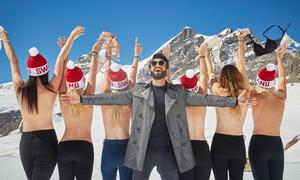 Du khách thách nhau chụp ảnh bán nude trên núi tuyết